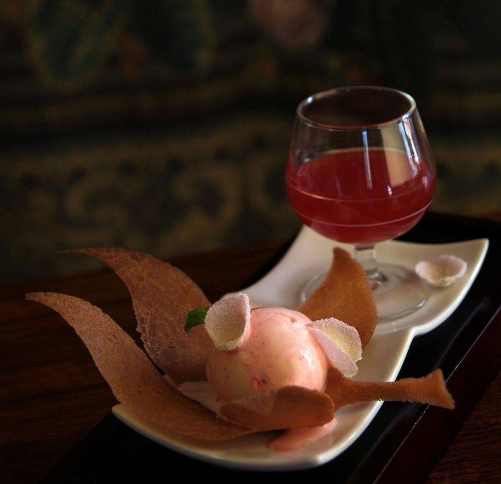 A g gastronomie recettes eau de fraise glace la for Fraise pour perceuse dijon