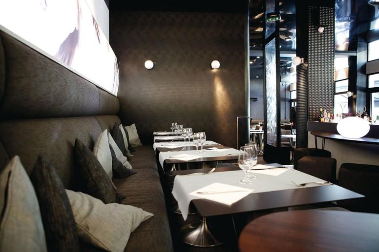Ambiance cosy au restaurant la Place, place de la république à Dijon
