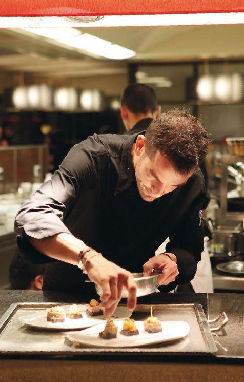 Laurent Peugeot dans les cuisines du Charlemagne à Pernand Vergelesses