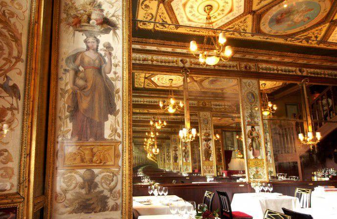 La Salle du grand Véfour, le restaurant historique des jardins du Palais Royal