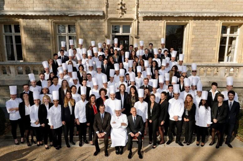 151 étudiants décrochent leur diplôme à l'Institut Paul Bocuse