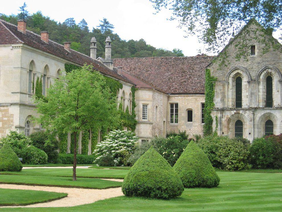 BOURGOGNE_Abbey de Fontenay, France -Ruth Berkowitz