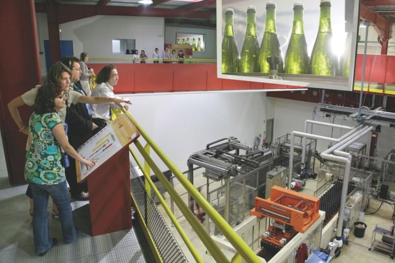 Visite guidée au cœur de la fabrication du Crémant Veuve Ambal