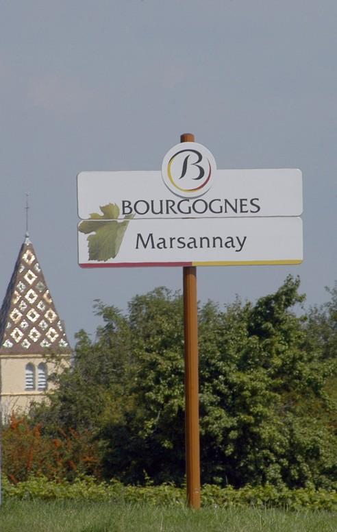 Nouvelle signalisation dans le vignoble de la Cote de Nuits : Marsannay