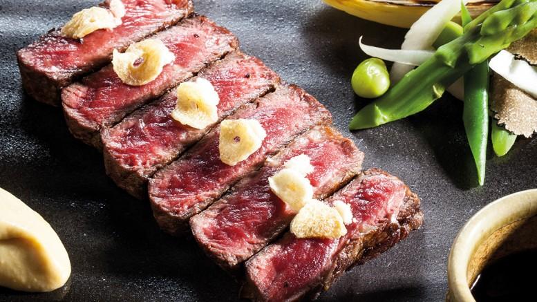 Steak de Charolais affiné 8 semaines sauce échalote-soja