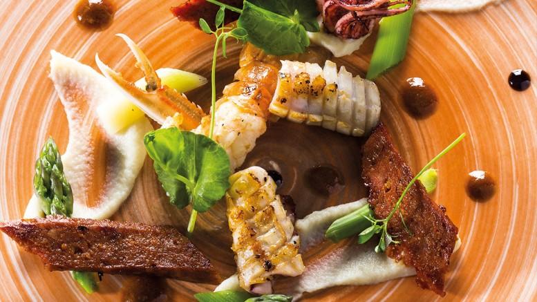 Langoustine encornet chorizo vinaigrette de crustacés