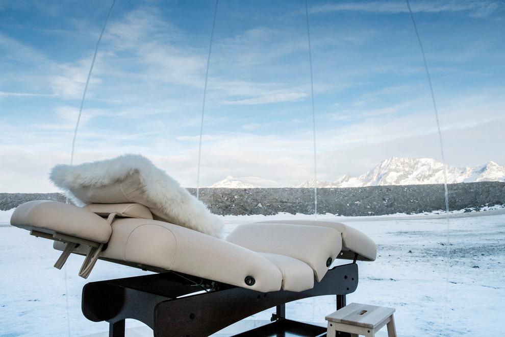 Au bord des pistes de ski, cette bulle hors du temps offre une vue imprenable sur la vallée de la Tarentaise_© Les Airelles - Exertier