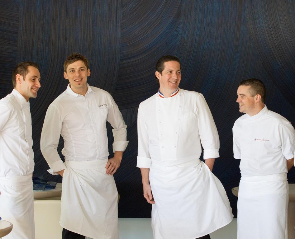 De gauche à droite : Thomas Vetele, Fabien Ferré, Christophe Bacquié (MOF 2004) et Guillaume Lecomte_© Hôtel du Castellet_DR