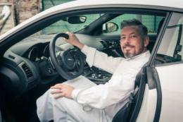 Richard Sève aime la marque automobile Jaguar et la Type F