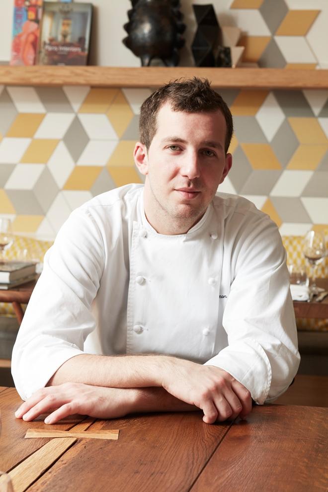 Simon Horwitz, chef-propriétaire du restaurant Elmer au micro d'Arts & Gastronomie_© Elmer Restaurant