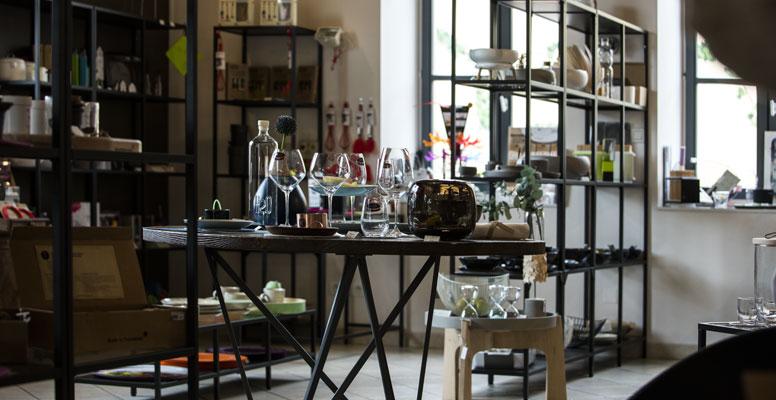 jean michel carrette met la bourgogne en boutique arts. Black Bedroom Furniture Sets. Home Design Ideas