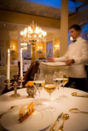 Le prix du meilleur directeur de salle du monde arts gastronomie - Les grandes tables du monde ...
