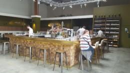 restaurant oscar aux puces du canal de lyon villeurbanne