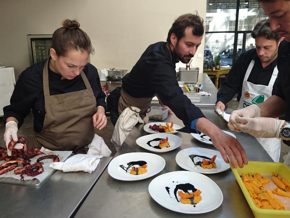 Frédéric Charlet fait du comté son ingrédient fétiche à l'occasion de La Table du Comté à Marseille_Crédit photo : Clémence Rouyer