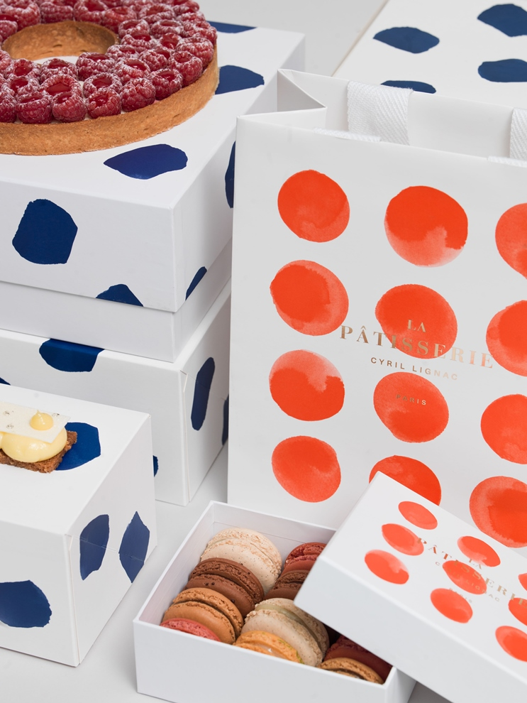 Qui dit rentrée, dit nouvelle identité visuelle pour les pâtisseries Cyril Lignac.
