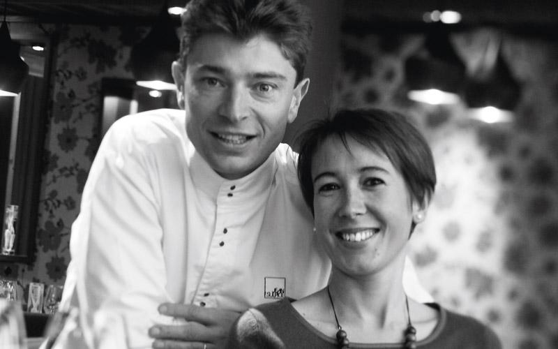 Jean Sulpice et sa femme Magali sont les nouveaux propriétaires de l'Auberge du Père Bise_Crédits photo : Matthieu Cellard