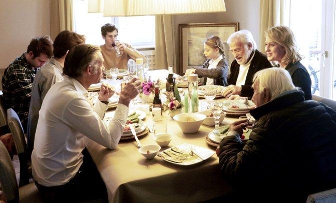 Quand Luana Belmondo et sa famille se réunissent le dimanche, c'est toujours autour d'un bon repas_©Pierre-Louis VIEL