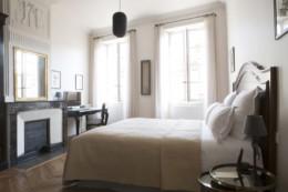 hôtel de la villeon à tournon sur rhône en ardèche, proche de tain l'hermitage. Hôtel 4 étoile luxe et charme confidentiel.