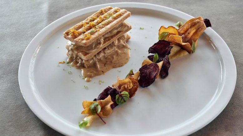 Millefeuille de veau à l'orange, légumes racines du chef Boris Nols du restaurant le jardin gourmand à craponne