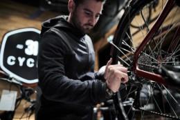 Boutique de Vélo tendance Au 31 du cycle, vélo électrique, urbains haut de gamme à Lyon sur la presqu'île. Entretien, vente et réparation de vélo.