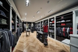 Magasin Moreteau Habilleur à Lyon, sur-mesure, boutique haut de gamme et habilleur de l'olympique lyonnais. Marque premium et prestigieuse dans le centre ville. Vicomte Arthur. Sébastien Leguillou
