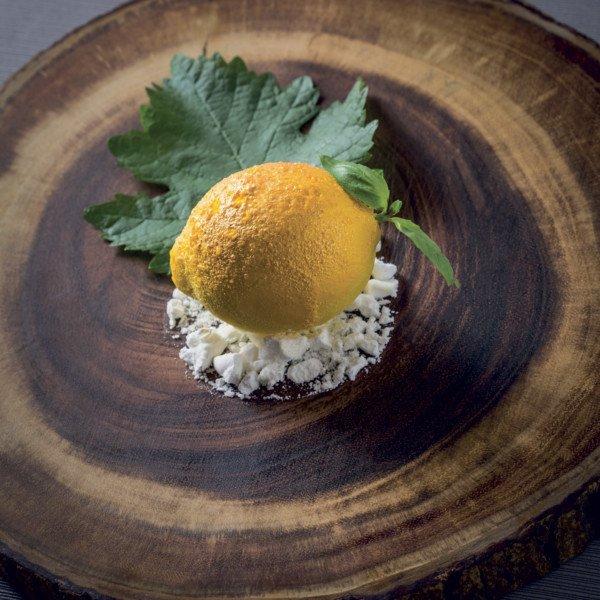 Citron, basilic, feuilles de vigne