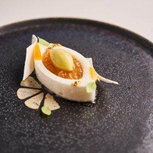 Pamplemousse à la neige, thé Earl Grey, sorbet lemon cress